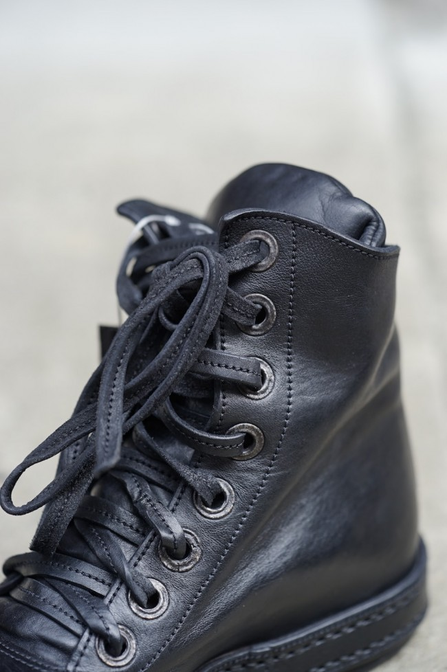 16AW Hi-Tech Sneakers