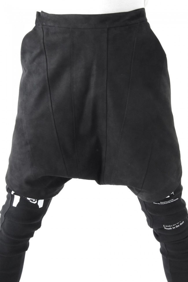 17SS Seamed Crotch Shorts LAMB REVERSE