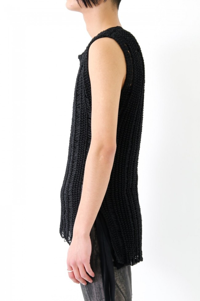 17SS Black no sleeve abstruct rough construction knit