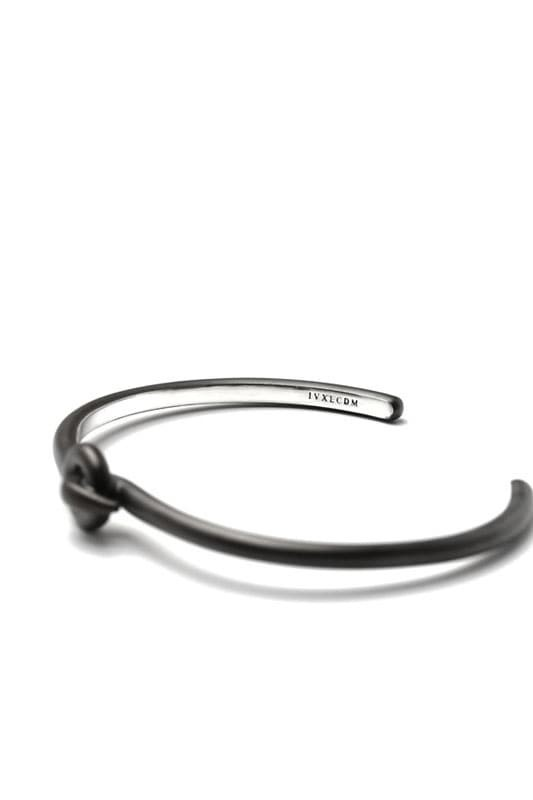 IVXLCDM  BOND BANGLE (BLACK)