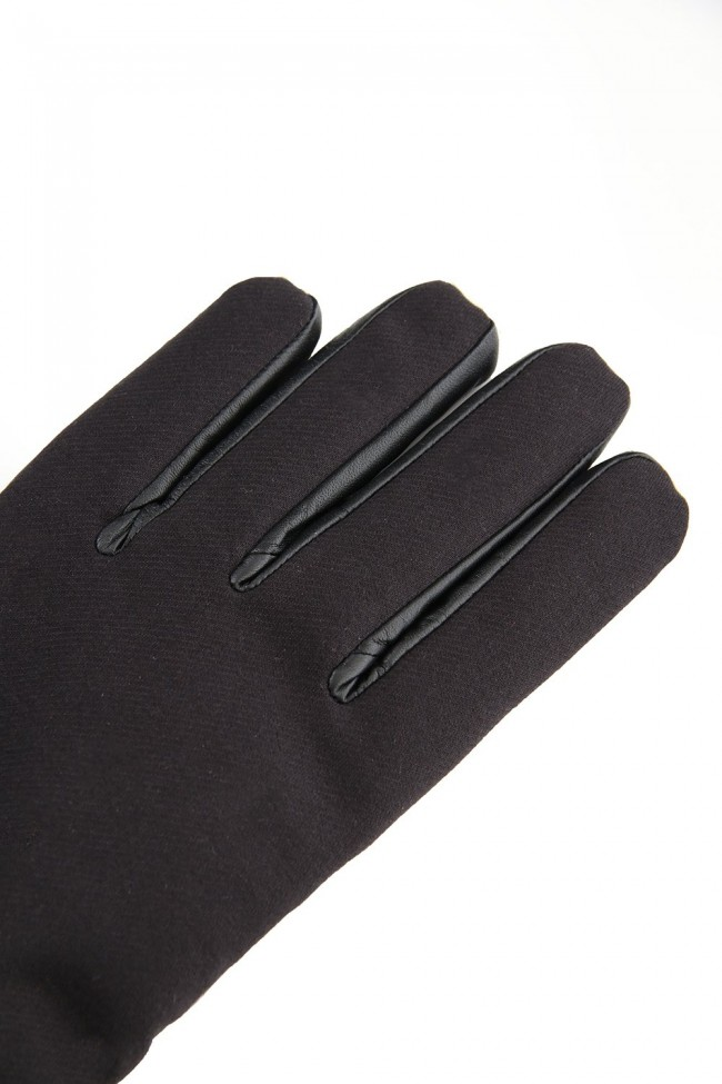 Down glove Black