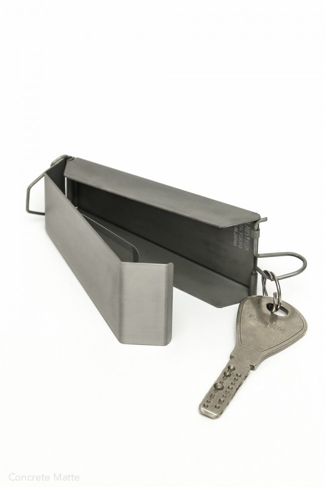 SWING KEY CASE - BLACKENING