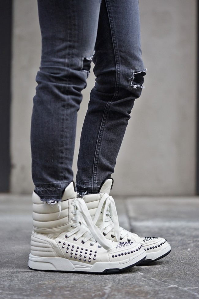 "16W Side Zip High Top Sneakers ""MASSIVE - STADS"" WHITE"