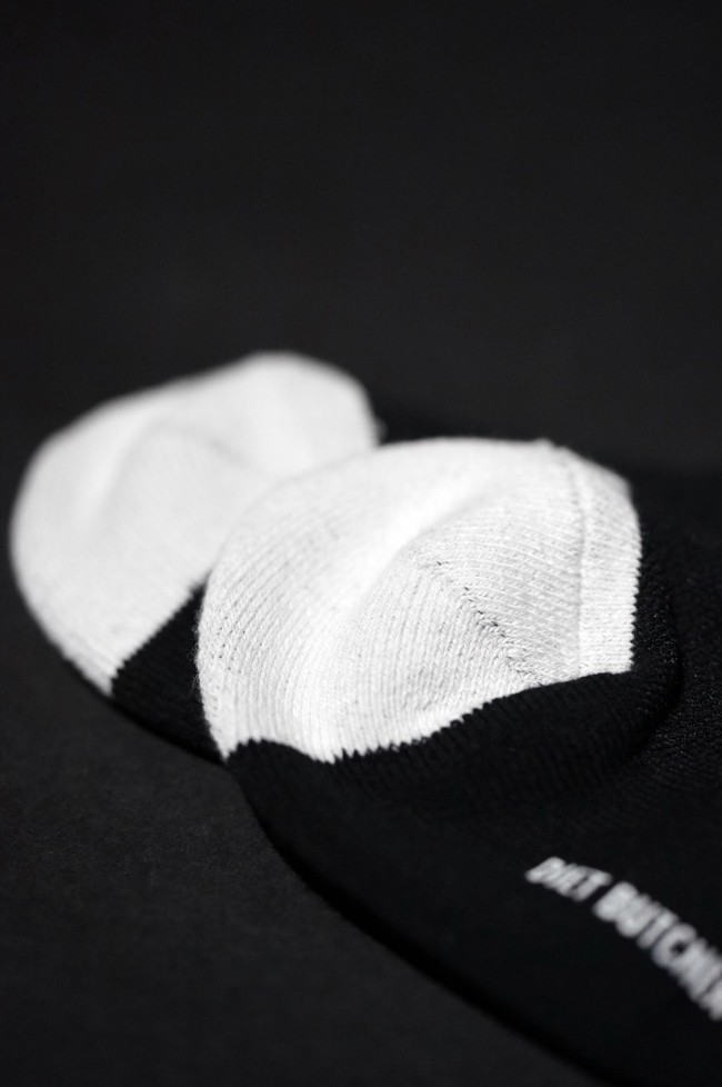 16AW CROSS JACQUARD HIGH SOCKS