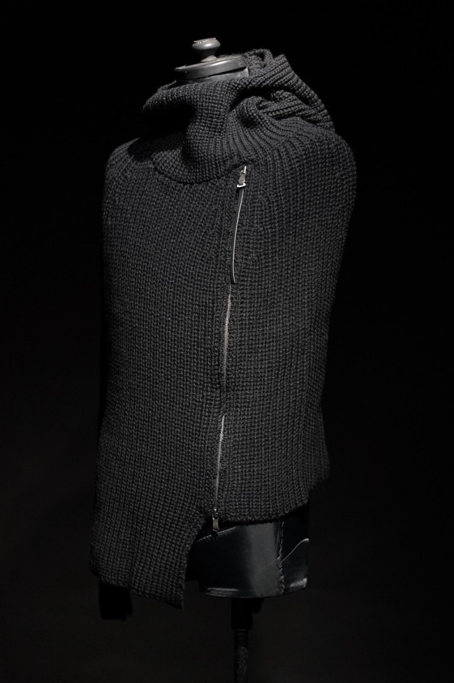 16AW Single Sleeve Knit Cape