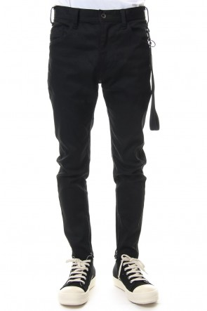 JULIUS 19SS SKINNY HEM ZIP PANTS with KEY STRAP