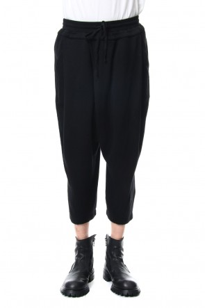 JULIUS 19PF TUCKED BAGGY PANTS Black