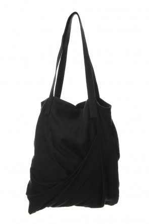 JULIUS 20SS TWIST TOTE BAG Black
