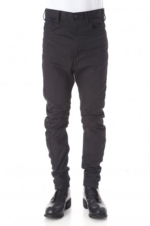JULIUS 20PF CURVED SLIM JEANS Black