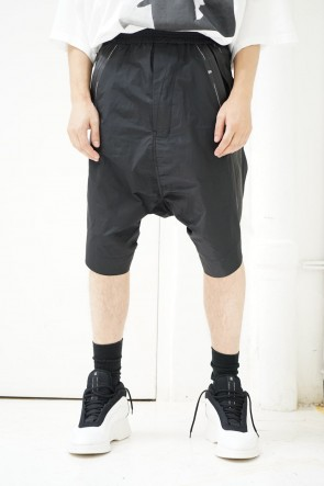 NILøS 19SS TWISTED SIDE SLASH SHORT PANTS
