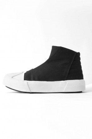 W TOE CUP SNEAKERS