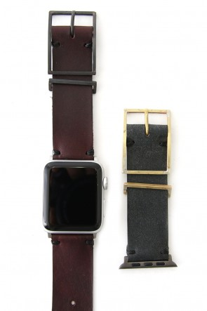iolom Classic Apple Watch Band - Guidi Calf Leather Red - Brass Type 2