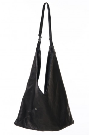 RIPVANWINKLE 19-20AW TRIANGLE LEATHER SHOULDER