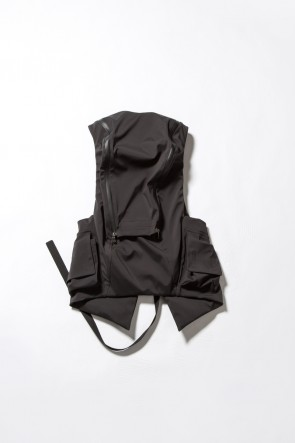 The Viridi-anne 18SS SCHOELLER Vest Back Pack