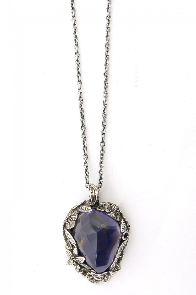 the WINTER male / Necklace Charm PURPLE