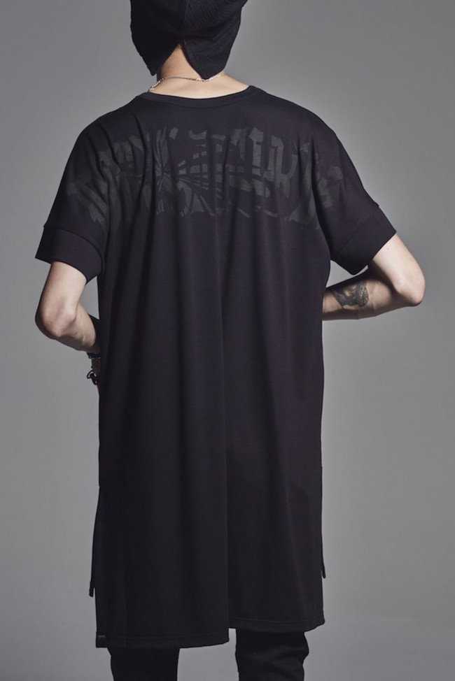 Drop Shoulder T-Shirts Black x Black Print