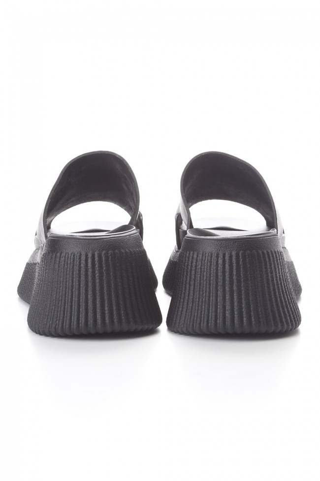 YORYU SOLE LEATHER SANDALS