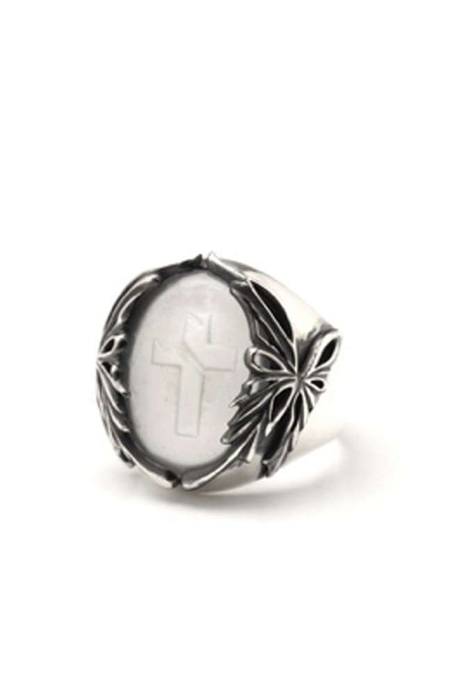 Oval Ring Crystal