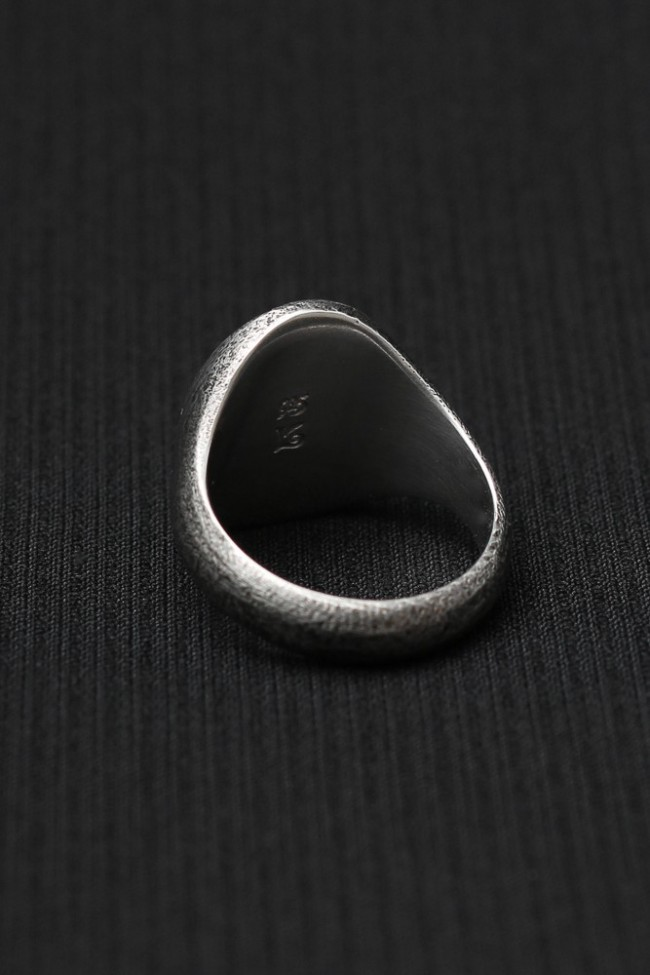 Signet Ring Oval Shade