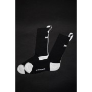 16AW CROSS JACQUARD HIGH SOX-BLACK&WHITE-FREE
