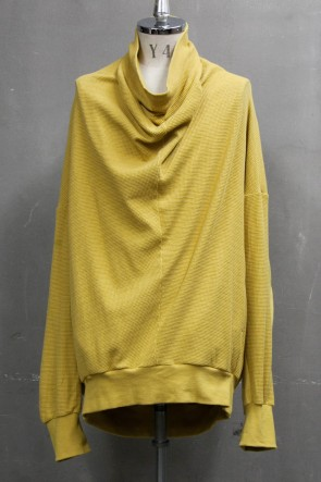 JULIUS 20PS 2 FACE COWL NECK SHIRT Mustard