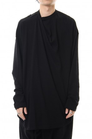 JULIUS 20SS Tuck drape L/S cut & sewn Black
