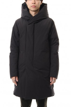 ATTACHMENT 19-20AW Pe Ny Peachskin hooded down coat Black