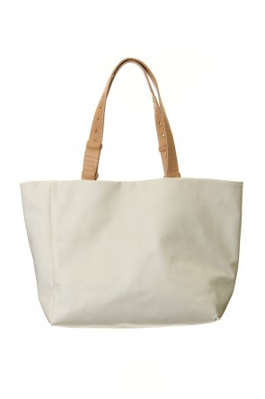 cornelian taurus 20SS hand piece tote Proof canvas x mat White