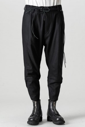 D.HYGEN21-22AWWool Washer Tuck Tapered Pants