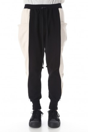 The Viridi-anne 20-21AW Cotton fleece Side Zip pants Black × Ivory