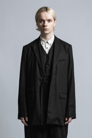 The Viridi-anne21SSTailored Jacket With Strong-Twist Cotton Vest