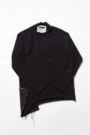 The Viridi-anne 19-20AW DANIEL ANDRESEN collaboration Pullover knit - Black
