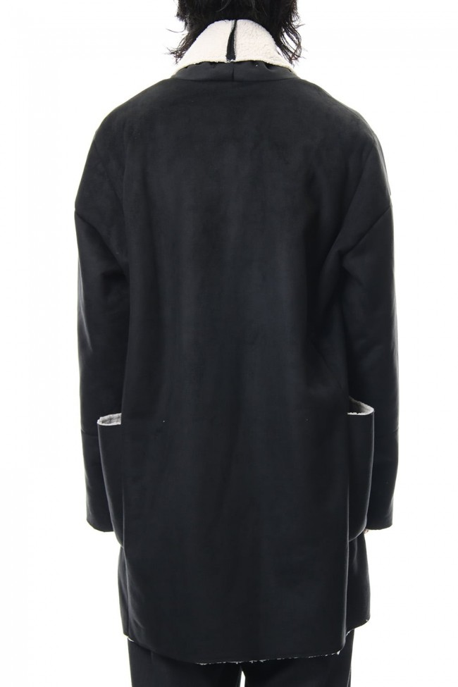 Fake Mouton Coat (SHORT) - blk/ecru