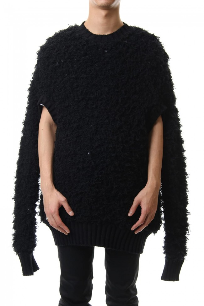 FUR ARM HOLE OVERSIZED KNIT SWEATER