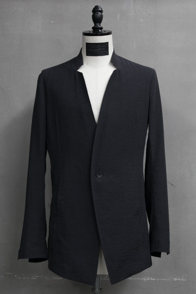 17PFW Collarless Tailored Jacket