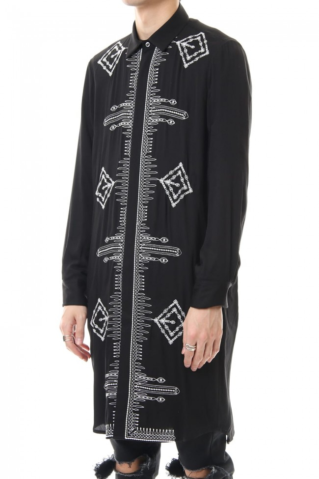 Ethnic embroidery long shirt Black × Off White