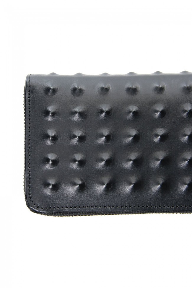Studs Invisible Long Wallet Black