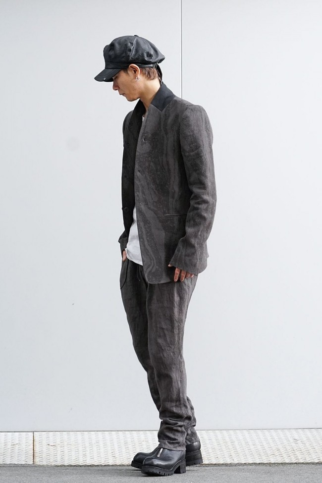 Ink Frow Dyed Linen Tuck Tapered Pants