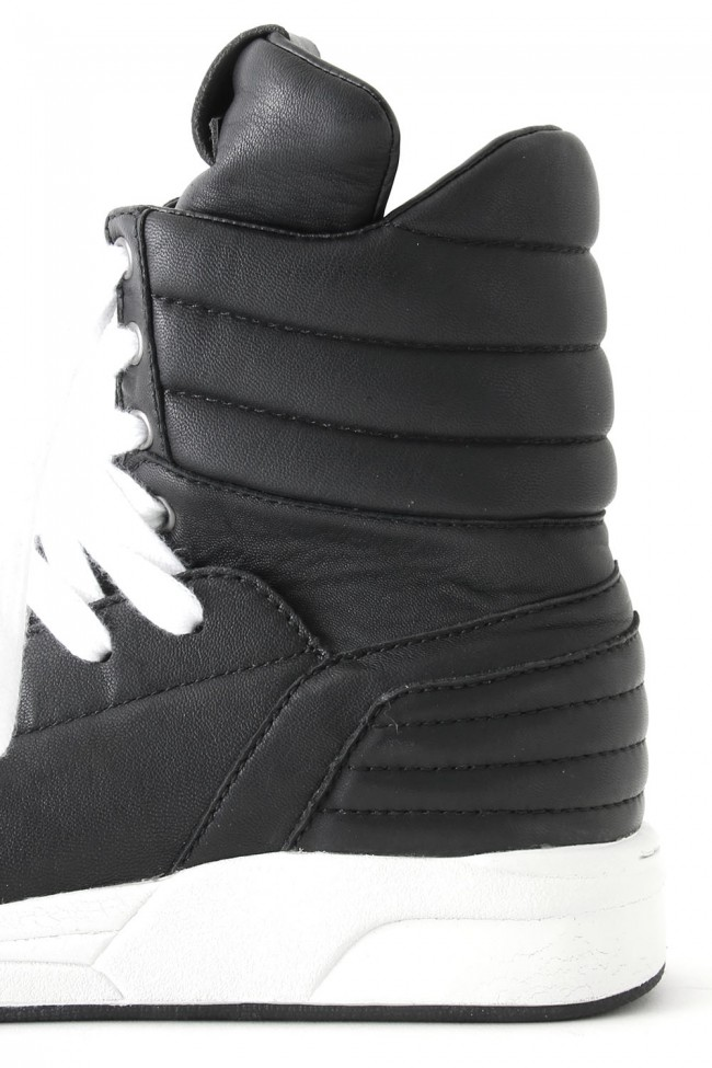 Side Zip Hi-Top Sneakers Massive