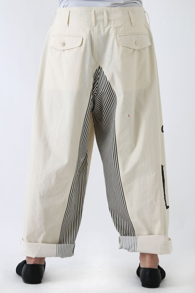Right Side Cut Women Motif Pants