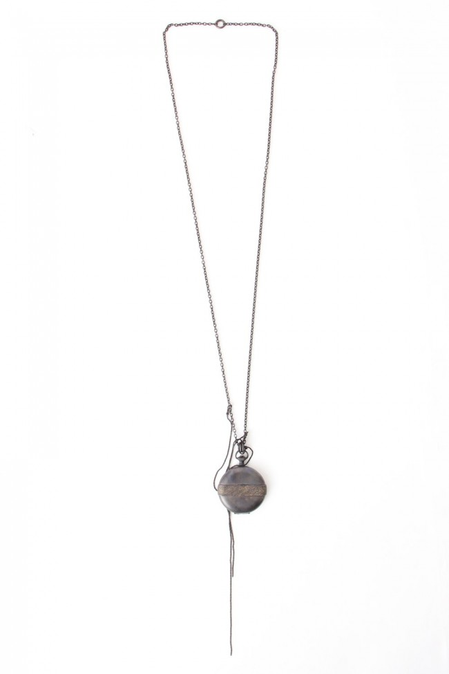 Locket Necklace io-03-060