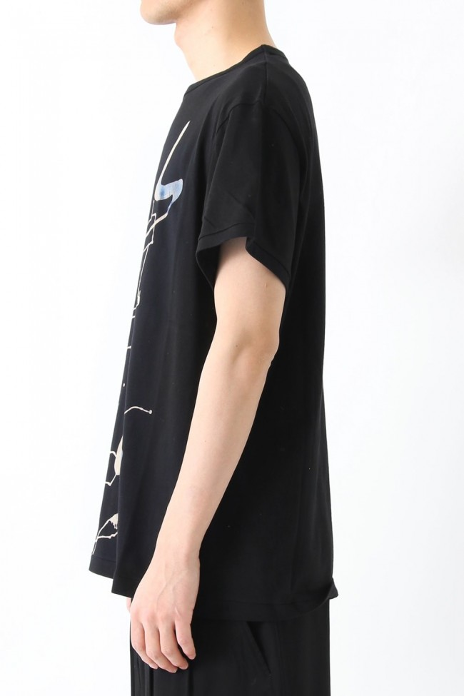 Dyed and Bleached Motif Round Neck Short Sleeve