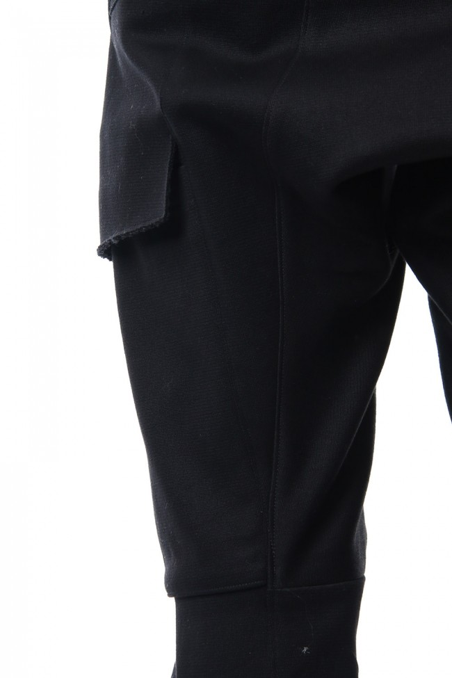 Heavy cotton jersey cropped cargo pants
