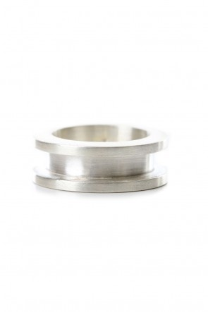 Parts of Four19SSCrescent Channel Ring (9mm MA)