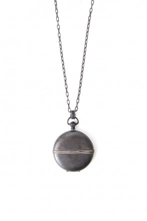 iolom Classic Locket Necklace io-03-065