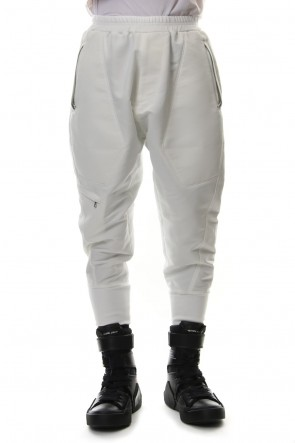 JULIUS 19SS MILITARY LEG POCKET CROPPED PANTS Off
