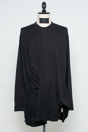 JULIUS 21PF Tucked LS T-shirts Black
