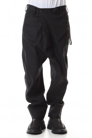 JULIUS19-20AWTUCKED BAGGY PANTS with KEY STRAP