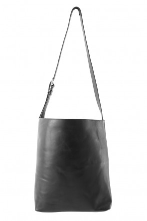 DIET BUTCHER SLIM SKIN 18SS Guidi Leather Bucket Bag