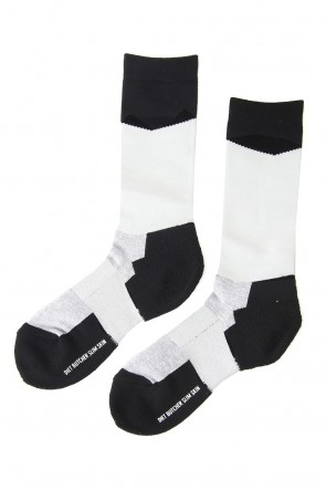 DIET BUTCHER SLIM SKIN 18SS Slanting Bi Color Sox